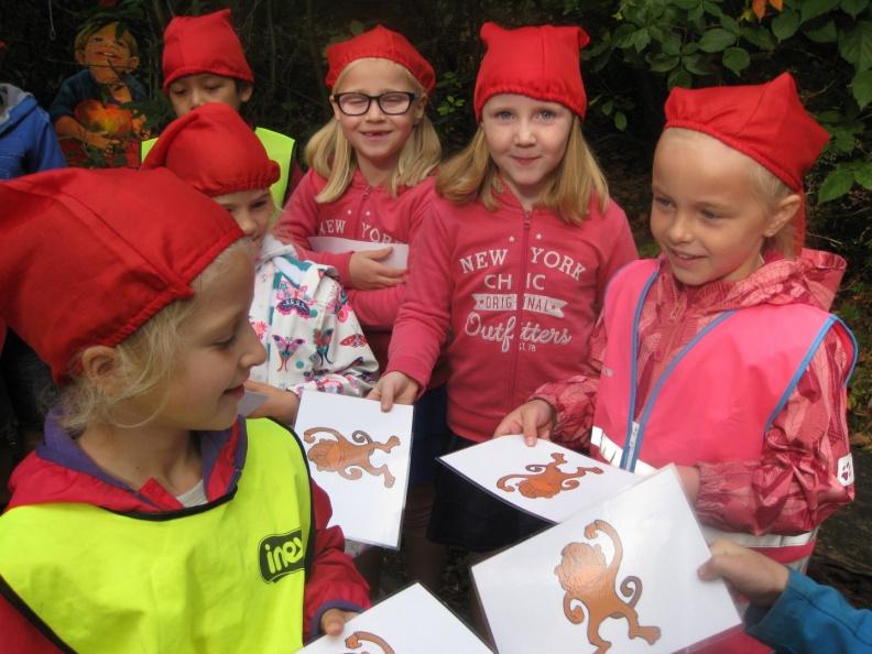 1ste leerjaar op bezoek in het sprookjesbos!