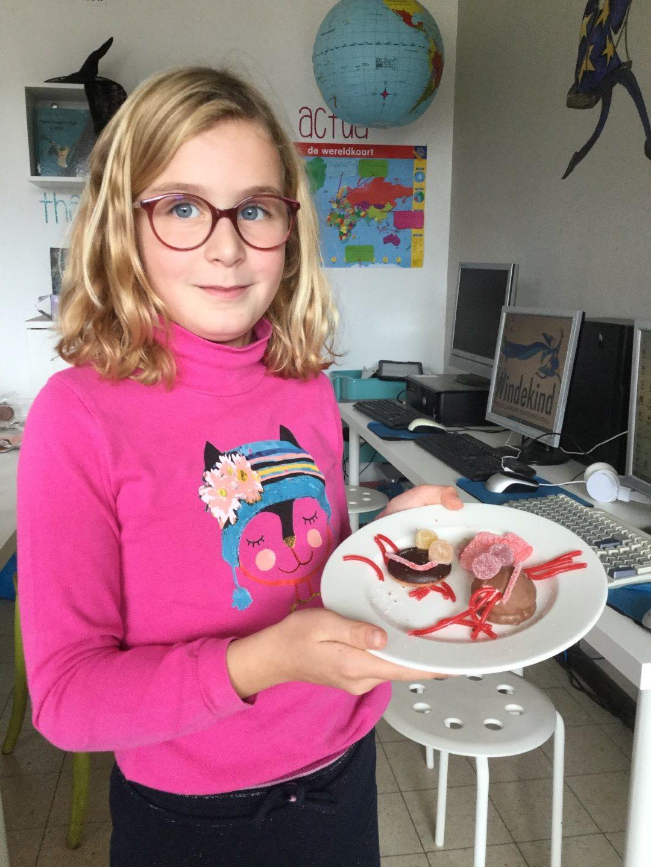Griezelen in 4B – heksenhapjes maken